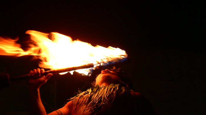 Samoan fire dancer. Image: Jim Mullhaupt @ FlickR (CC BY-NC-ND 2.0).