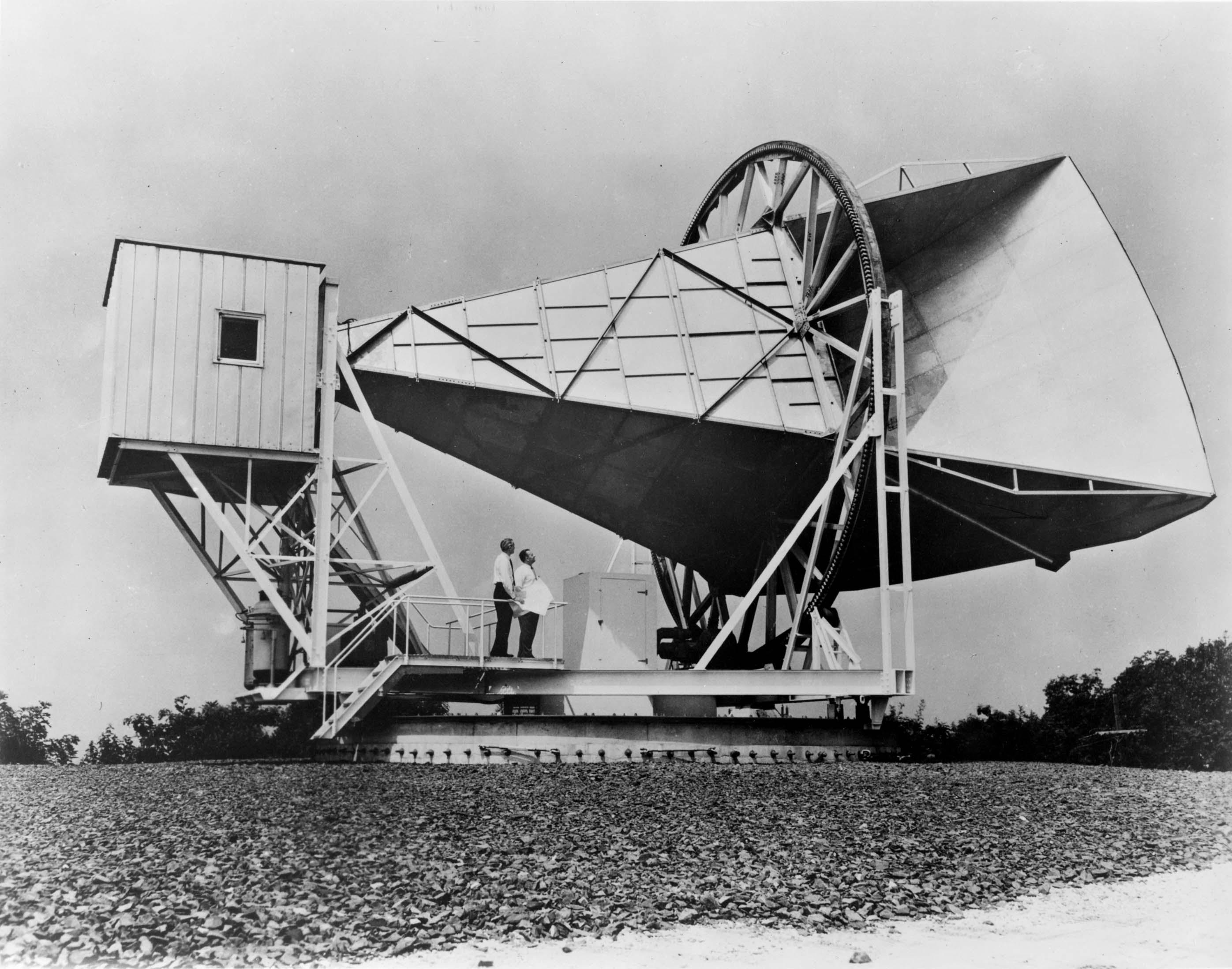 Die Holndel-Antenne mit der Wilson und Penzias ihre Entdeckung gemacht haben (Bild: NASA, public domain)