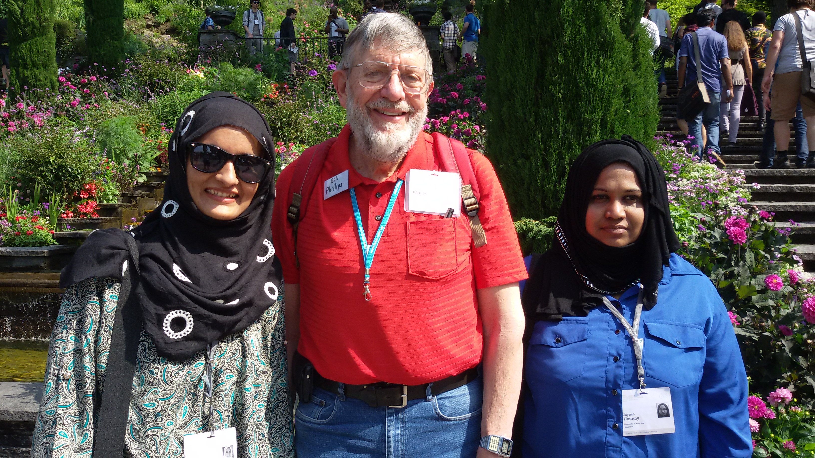 Ayesha Azez (left) with Nobel Laureate William Phillips on Mainau Island