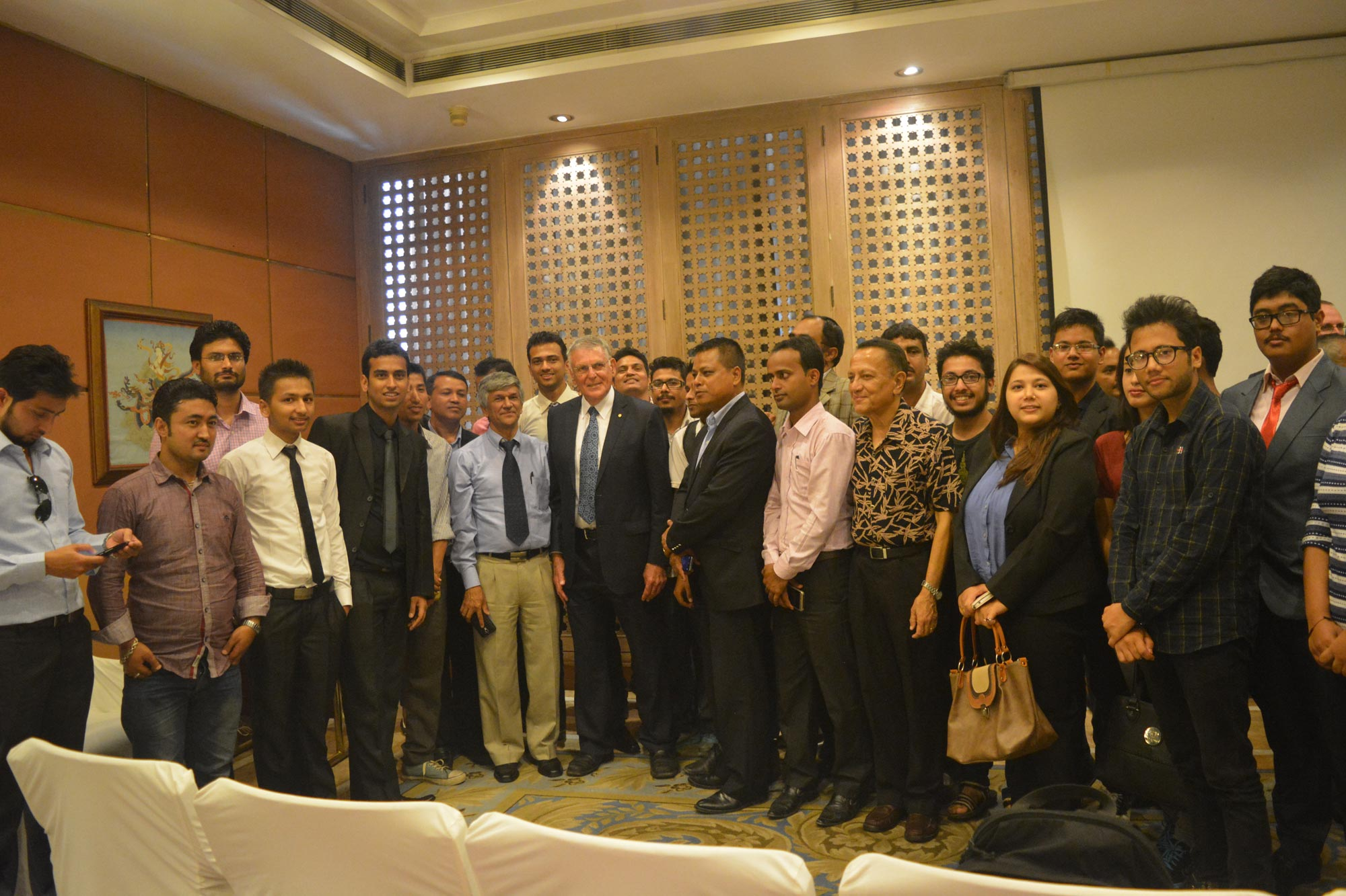 Nobel Laureate Dan Shechtman with attendees of his lecture. Photo: Asian Science Camp Alumni Association