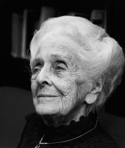 Rita Levi Montalcini war eine italienische Neurobiologin. Sie erhielt den Medizinnobelpreis 1986 für die Entdeckung des Nervenwachstumsfaktors, zusammen mit Stanley Cohen. Im April 2012 feierte sie ihren 103. Geburtstag. Foto: Peter Badge