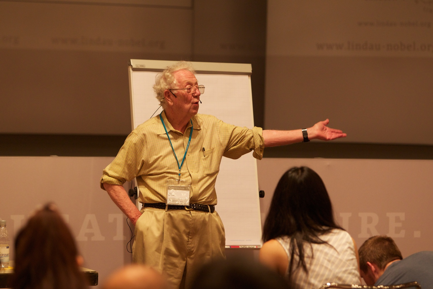 Oliver Smithies at his discussion session in Lindau 2010. Photo: Ch. Flemming/Lindau Nobel Laureate Meetings