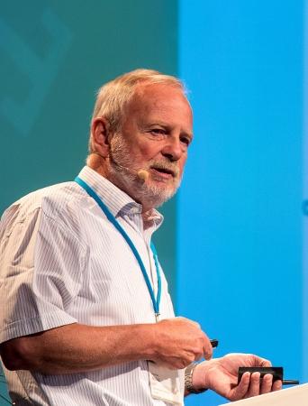 Hartmut Michel während seines Vortrags in Lindau beim 64. Nobelpreisträgertreffen 2014. Foto: Christian Flemming/Lindau Nobel Laureate Meeting