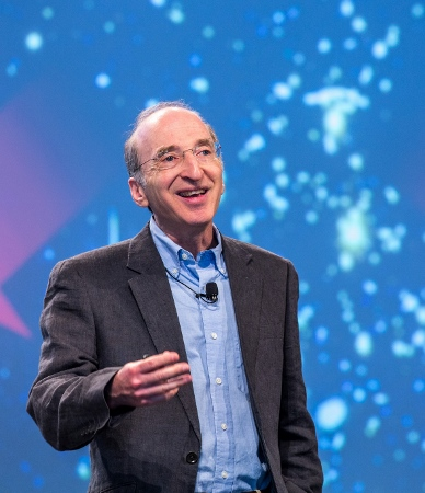 Nobel Laureate Saul Perlmutter is among the advisory team of Breakthrough Starshot. He received the 2011 Nobel Prize in Physics for the discovery that the expansion of the Universe is accelerating, together with Brian P. Schmidt and Adam Riess. This picture shows him during his lecture at the 65. Lindau Nobel Laureate Meeting in 2015. Photo:  Christian Flemming/LNLM