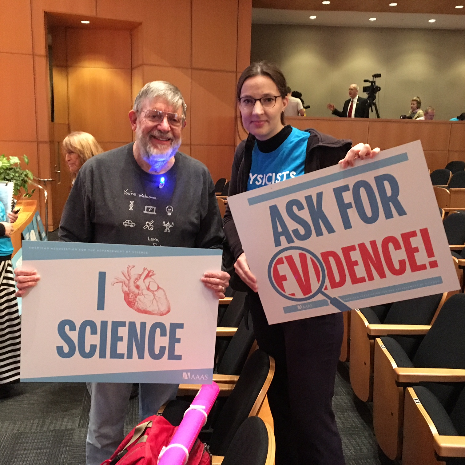 The author and Nobel Laureate William Daniel Phillips, who spoke during the pre-rally of the march for science at the AAAS headquarters in Washington, April 22, 2017. Photo: Ulrike Boehm