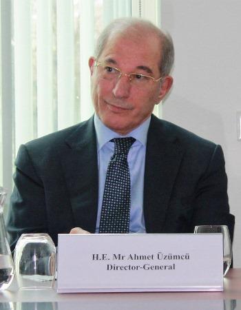 OPCW-Generaldirektor Ahmet Üzümcü. Er war bereits Direktor, als die OPCW im Jahr 2013 den Friedensnobelpreis erhielt - und er wird an #LiNo17 teilnehmen. Foto: J. Patrick Fischer, CC BY-SA 4.0