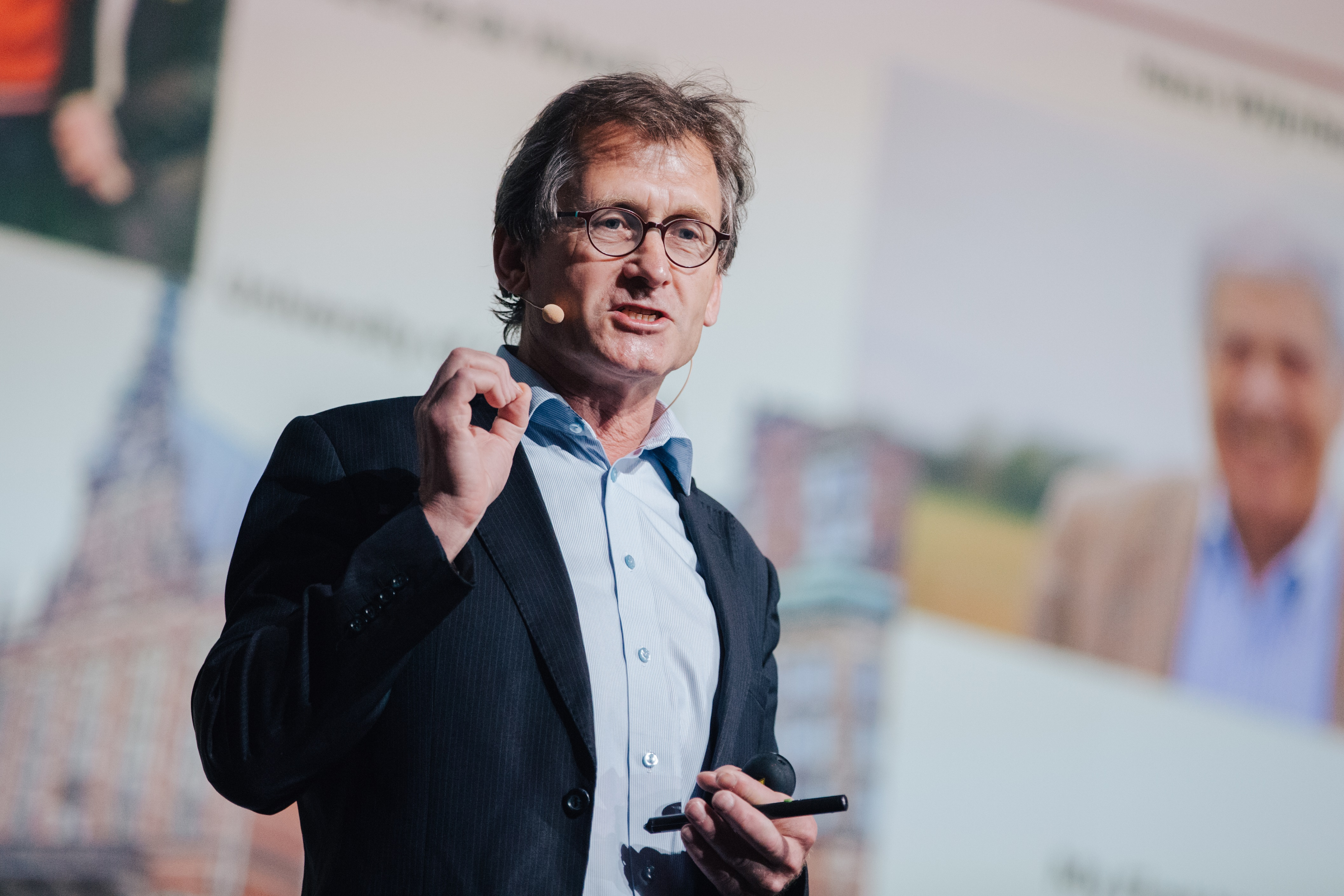 Ben Feringa giving the first lecture at the 67th Lindau Nobel Laureate Meeting. Picture/Credit: Julia Nimke/Lindau Nobel Laureate Meetings