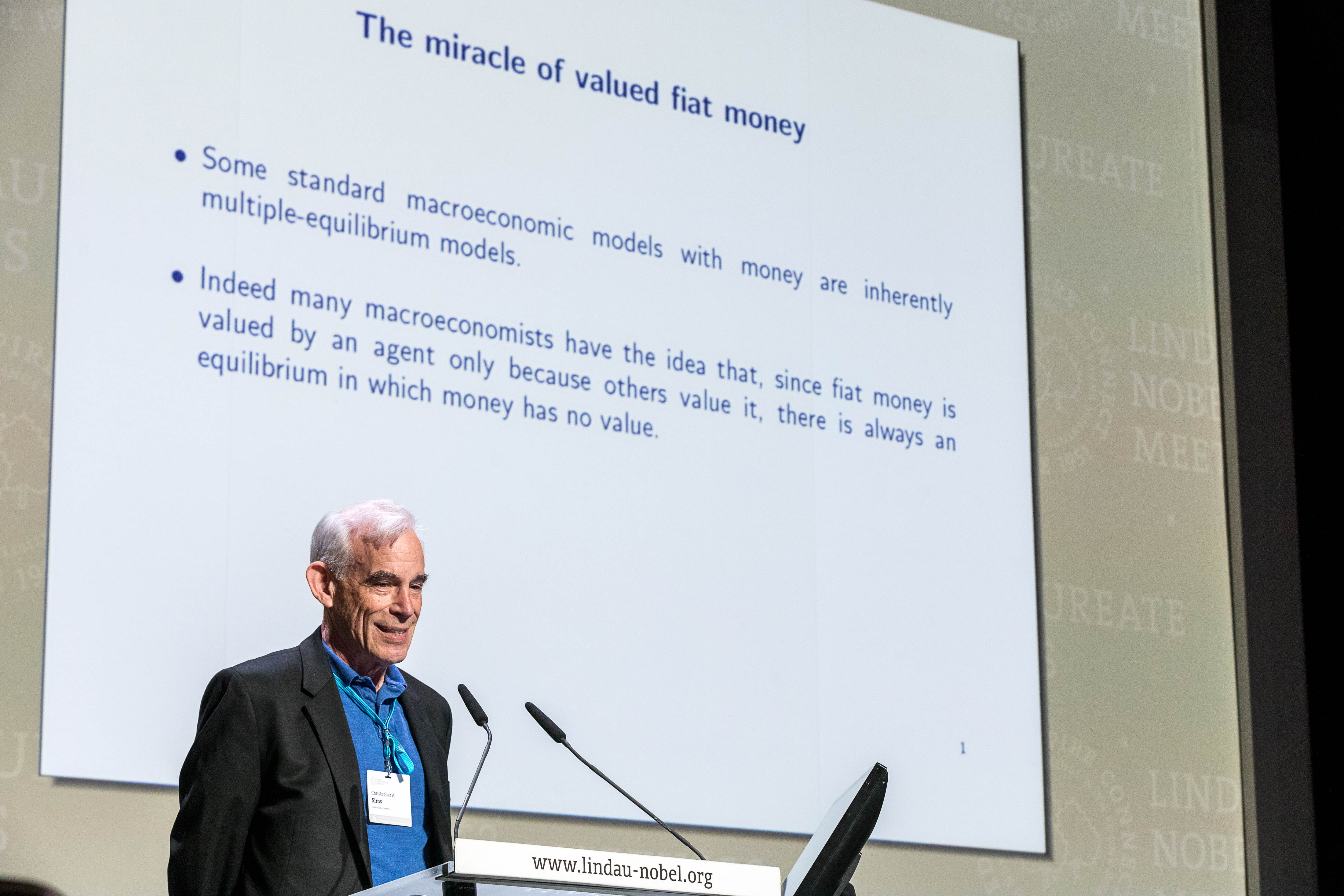 Laureate Christopher Sims during his lecture at the 6th Lindau Meeting on Economic Sciences. Picture/Credit: Christian Flemming/Lindau Nobel Laureate Meetings