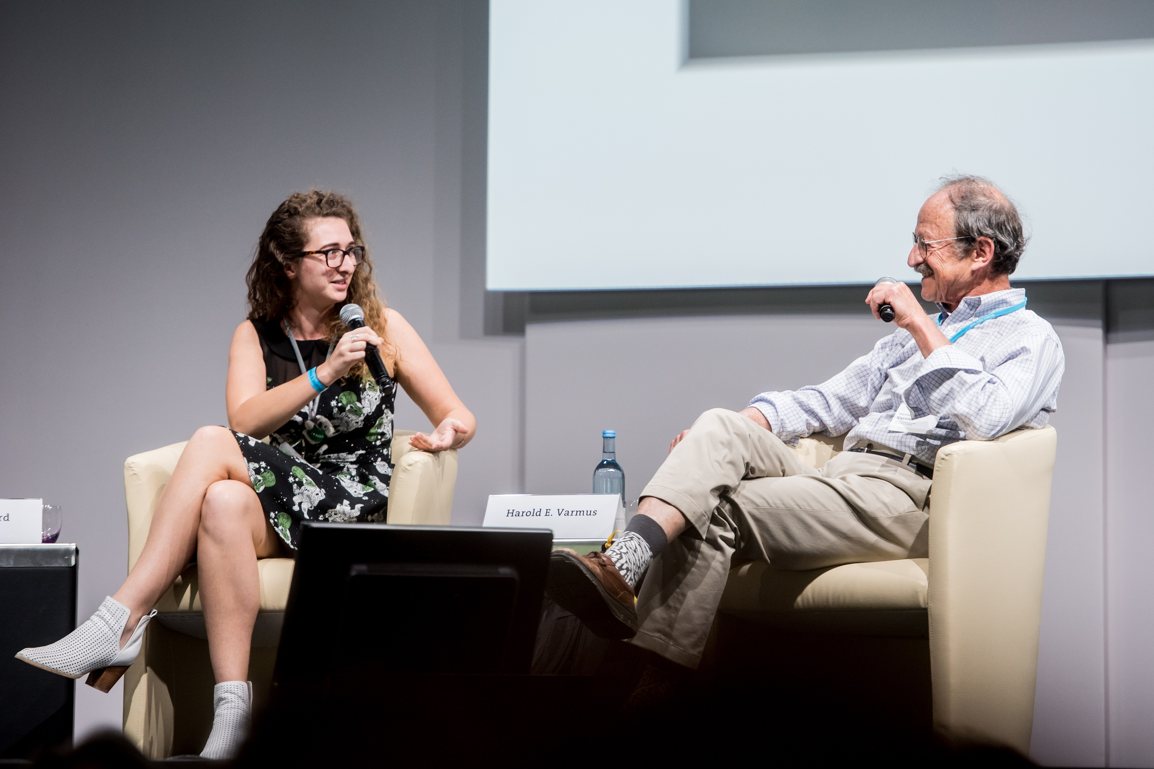 Amy Shepherd And Harold Varmus During The #LINO18 Panel Discussion U0027Publish  Or Perishu0027. Photo/Credit: Patrick Kunkel/Lindau Nobel Laureate Meetings