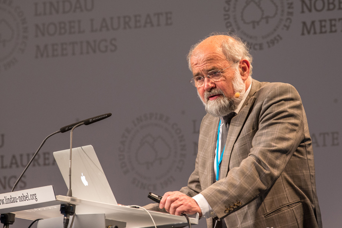 Erwin Neher at the 64th Lindau Nobel Laureate Meeting. Credit: C. Flemming/LNLM