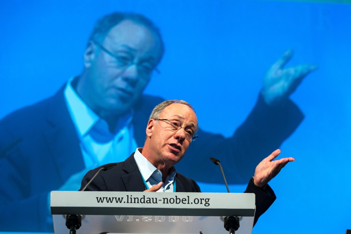 Roger Myerson during his lecture at #LindauEcon14. Photo: C.Flemming/Lindau Nobel Laureate Meetings