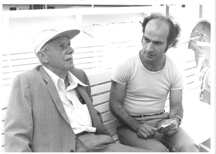 Paul Dirac with a young scientist 1976 in Lindau. Source: Archive Pfeiffer.