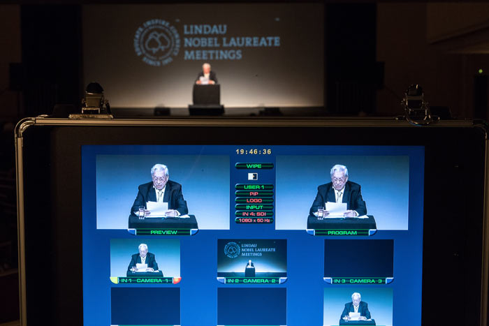 Vargas Llosa's speeach had an Impact that reached well beyond the walls of the Lindau City theatre. Photo: C.Flemming/Lindau Nobel Laureate Meeting.