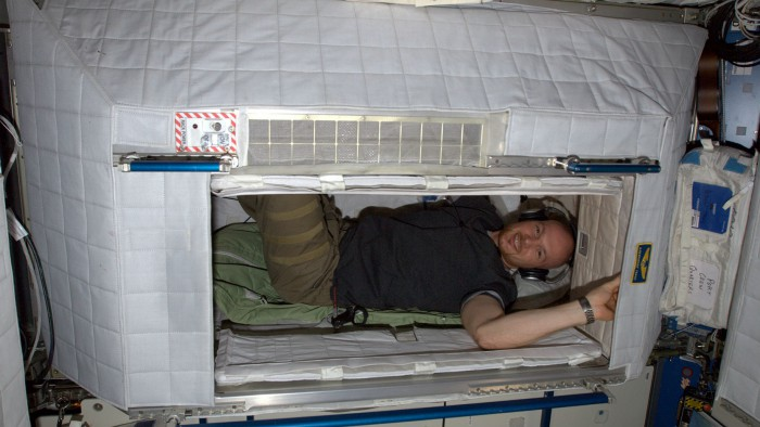 Gerst in his bunk. It is easier to be comfortable on Earth than in space. Nevertheless, all astronauts think they have the best job in the world. Photo: ESA/NASA
