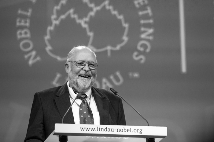 Klaus Tschira in 2013 at his unduction in to the Honorary Senate of the Foundation Lindau Nobel Laureate Meetings. Photo: C. Flemming/Lindau Nobel Laureate Meetings.