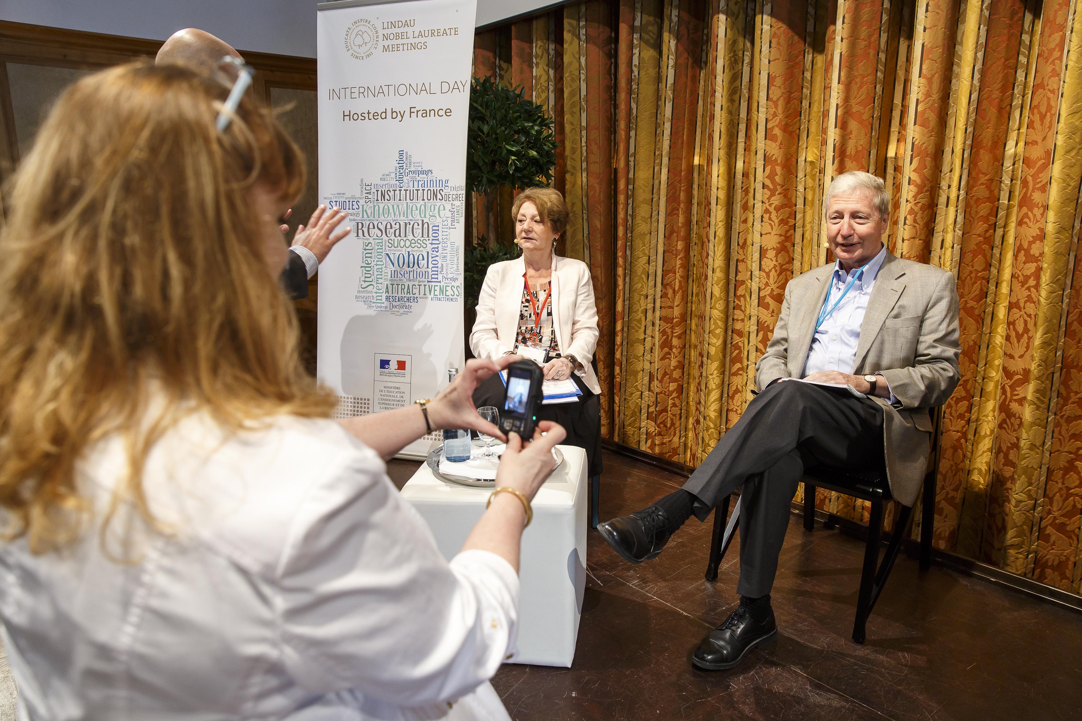 Jules Hoffmann beim Panel des von Frankreich ausgerichteten Science Breakfasts. Foto: R. Schultes/Lindau Nobel Laureate Meetings