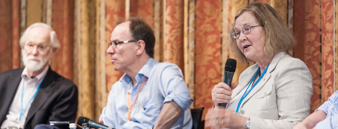 """Harald Martenstein unter Nobelpreisträgern: """"Das Internet ist nur ein Zwischenschritt"""""""