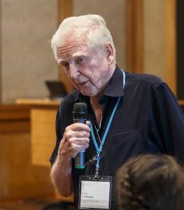 Nobelpreisträger Harald zur Hausen während einer Diskussionsveranstaltung mit Nachwuchsforschern im Rahmen der Lindauer Nobelpreisträgertagung 2015. Foto: Rolf Schultes