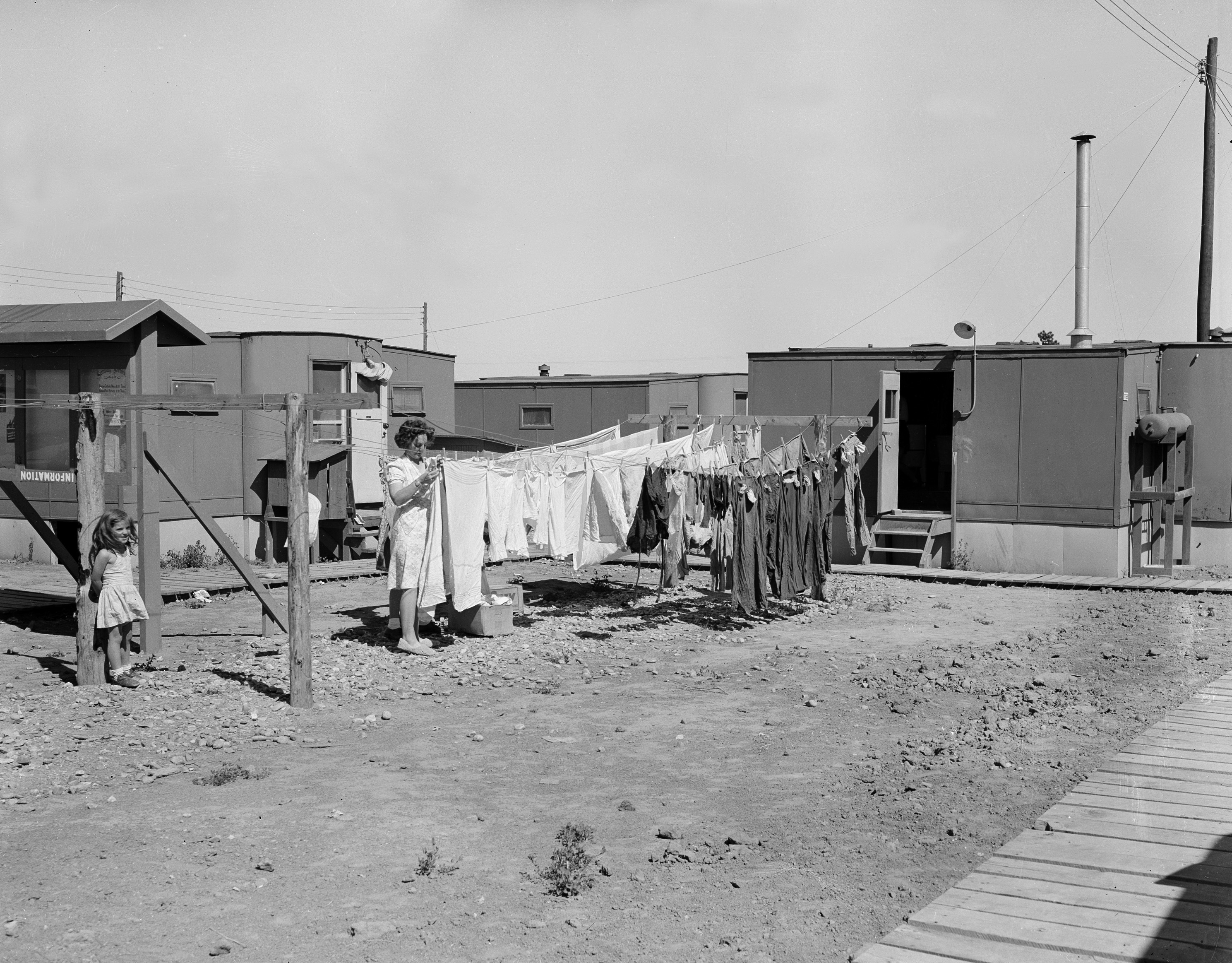 Doing laundry at Los Alamos, Photo: Los Alamos National Laboratory (CC BY-NC-ND 2.0)