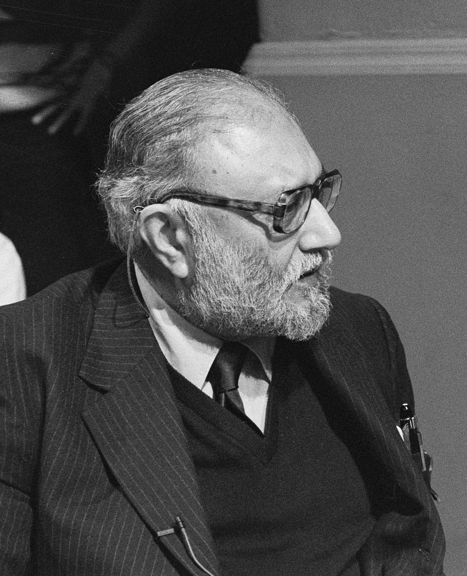 Nobel Laureate Abdus Salam in 1987. Photo: Molendijk, Bart / Anefo (CC BY-SA 3.0 NL).