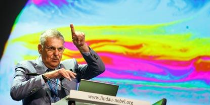 Dan Shechtman: Forscher als Unternehmer ausbilden