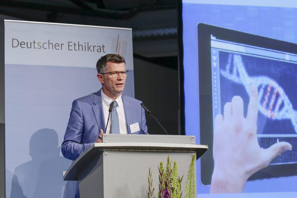 Prof. Dr. Peter Dabrock, Vorsitzender des Deutschen Ethikrates. Copyright: Deutscher Ethikrat, Fotograf: Reiner Zensen