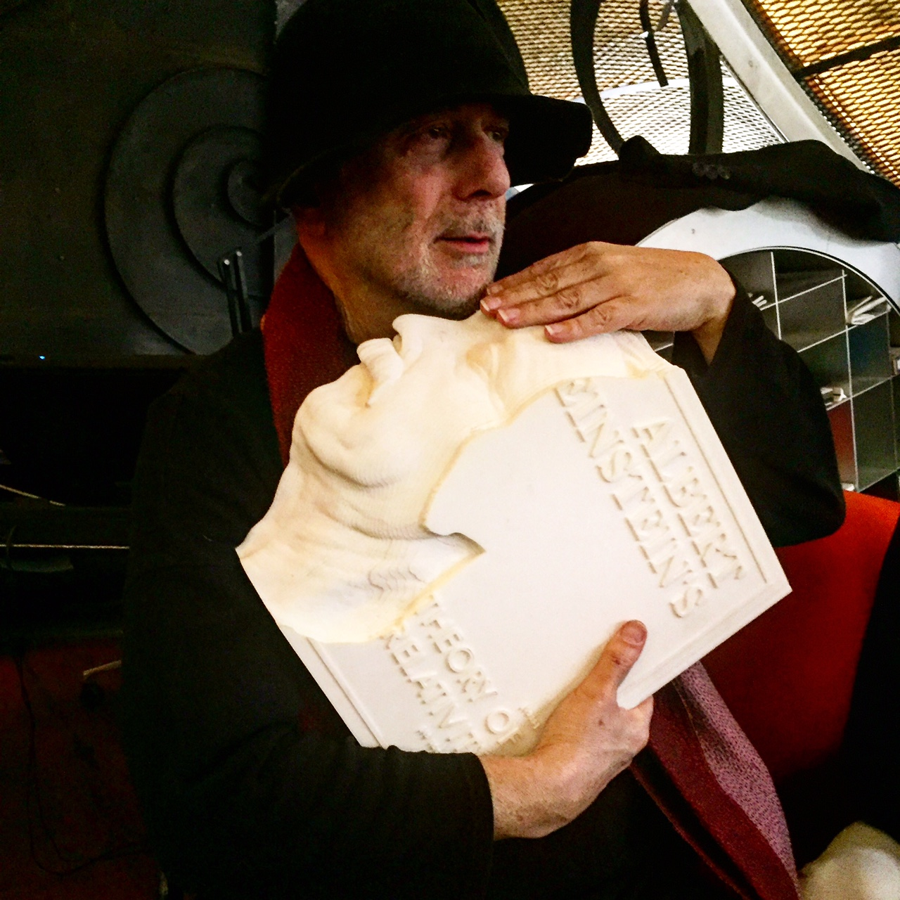Ron Arad with his creation. Photo: helen Hatzis