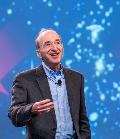 Nobelpreisträger Saul Perlmutter gehört zum Beraterteam von Breakthrough Starshot. Er erhielt den Physiknobelpreis 2011 für die Entdeckung der beschleunigten Expansion des Universums, zusammen mit Brian Schmidt und Adam Riess. Hier während seines Vortrags auf dm 65. Lindauer Nobelpreisträgertreffen 2015. Foto: Christian Flemming/LNLM