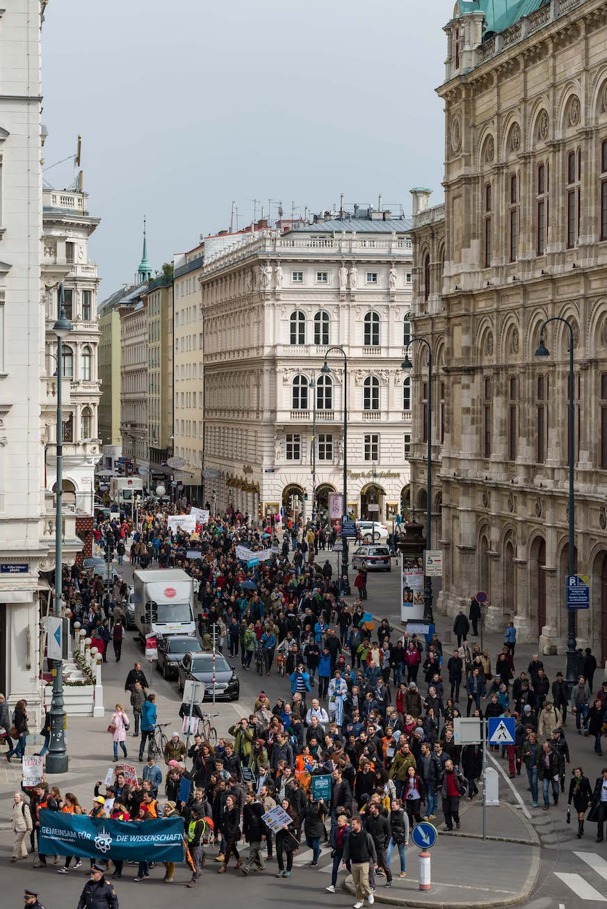 Am Vienna March for Science am 22. April 2017 nahmen mehr als 2000 Menschen teil.  Photo: © March for Science Vienna