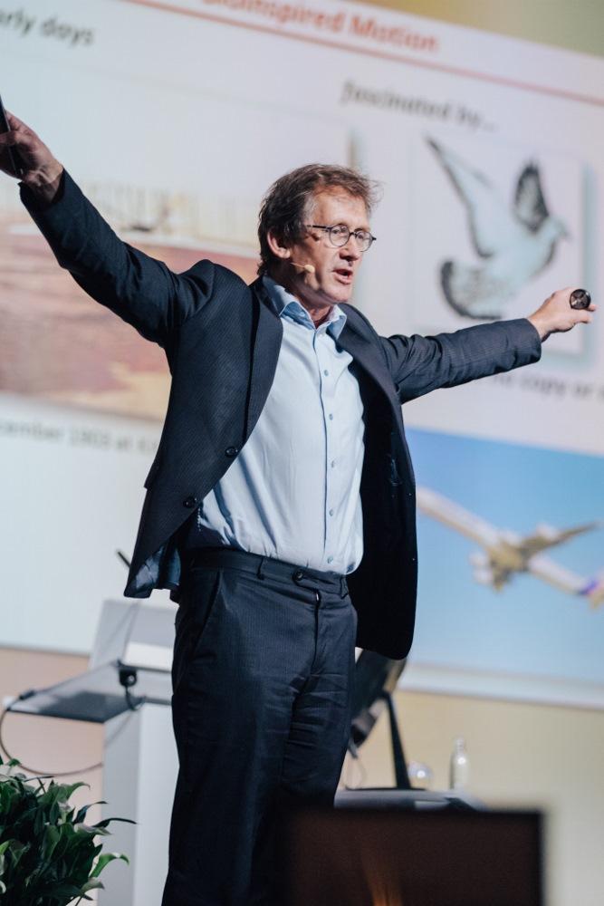 Bernard (Ben) Feringa hält den ersten Vortrag der 67. Lindauer Nobelpreisträgertagung. Foto: Julia Nimke/Lindau Nobel Laureate Meetings