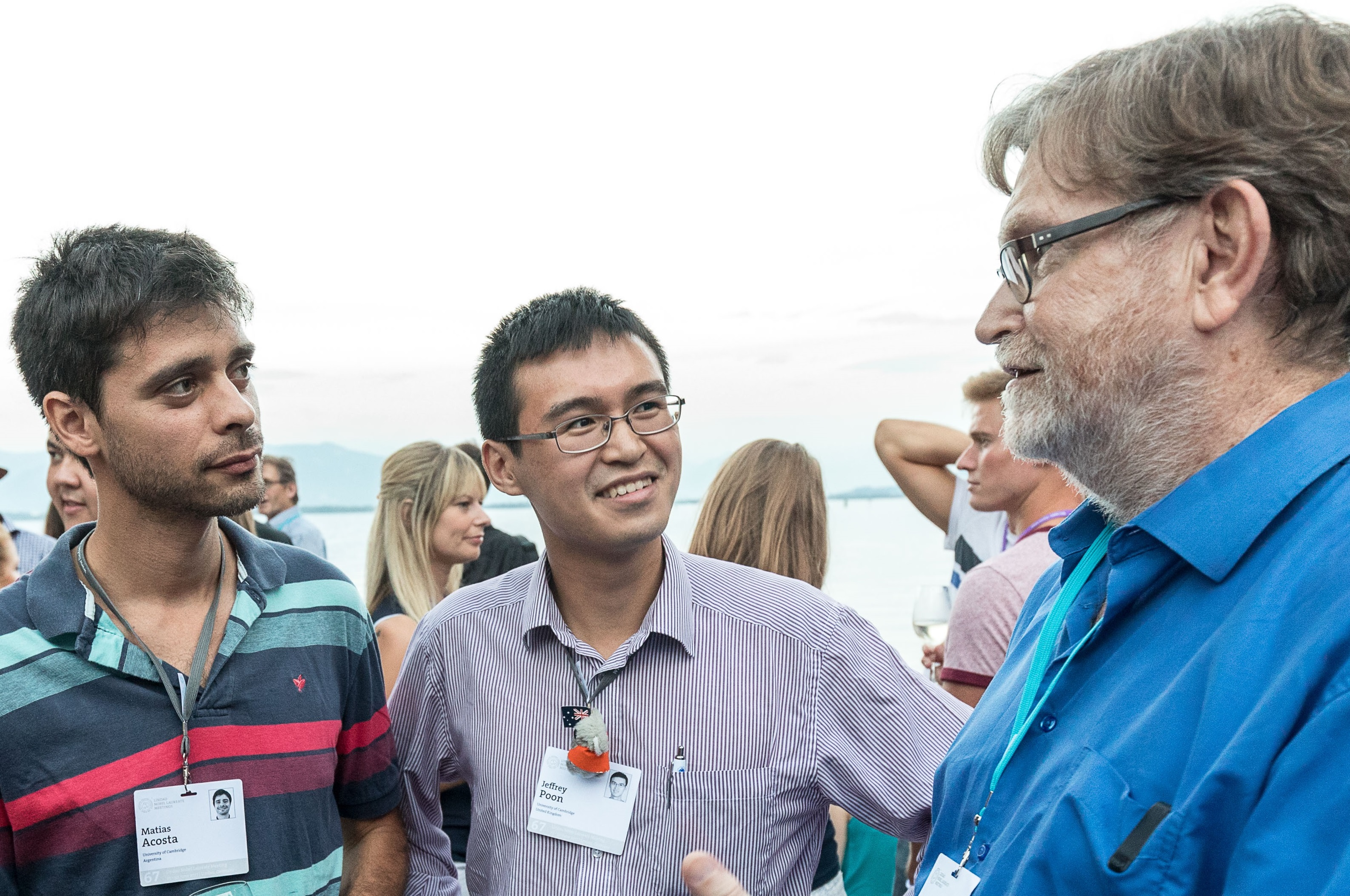 Matías Acosta with other young scientists and Nobel Laureate George Smoot during the 67th Lindau Meeting. Picture/Credit: Christian Flemming/Lindau Nobel Laureate Meetings