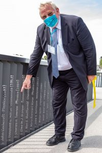 Genzel on Nobel Laureate Pier